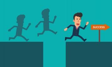 homme-affaires-courir-sauter-par-dessus-ravin-pour-succes-du-personnage-dessin-anime-simple_8306-41